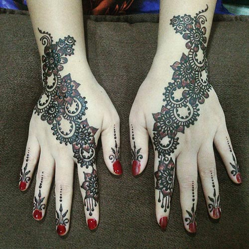 Cute Mehndi Designs for Girls