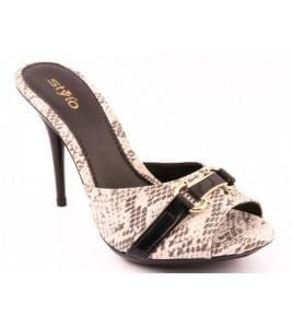 Stylo Shoes for women