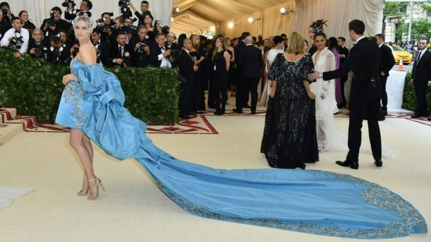 Met Gala 2018: Celebrities Share Spectacular Looks on Red Carpet